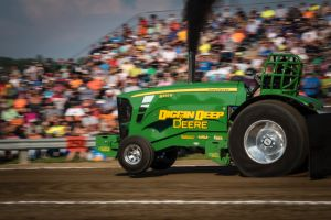 Green Tractor in tractor pull